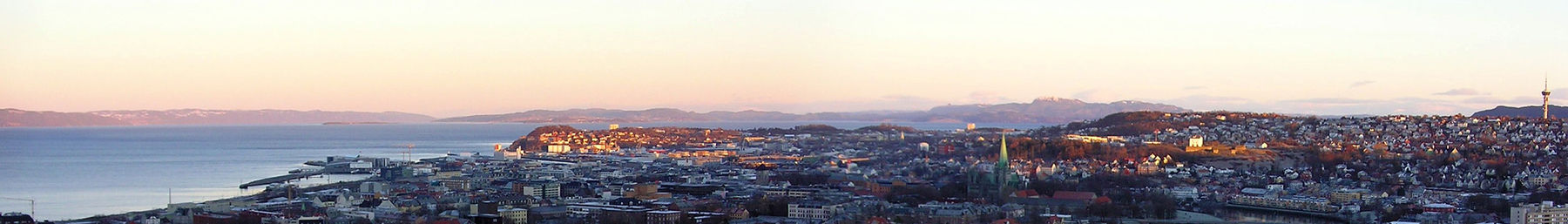 Trondheim banner Panorama with coast and city.jpg