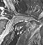 Tyeen Glacier, junction of tidewater glacier branches and glacial remnents, August 25, 1968 (GLACIERS 5942).jpg