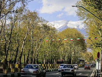 Valiasr Street - Image: Vali Asr St during Nowruz