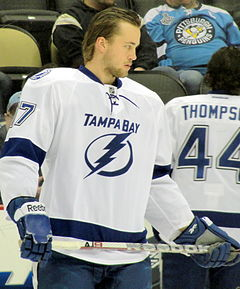 Description de l'image Victor Hedman Lightning 2012-02-12.JPG.