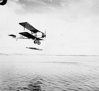 Vickers Vildebeest - Vildebeest Mk II of No. 100 Squadron RAF making a torpedo drop during target practice, circa 1936.