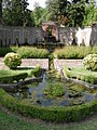 Villa reale di marlia, giardino spagnolo 07 vasca.JPG