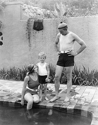 Dorothy Davenport - Dorothy Davenport Reid, Wallace Reid, Jr., and Wallace Reid (1920)