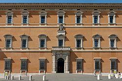 Western facade Palazzo del Laterano 2006-09-07.jpg