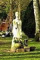 Wickrath, Städt. Friedhof Skulptur.jpg