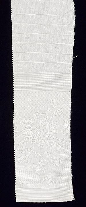 Matelassé - Matelassé woven fabric. Study Collection, ST509, ModeMuseum Provincie Antwerpen.