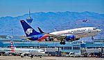XA-GOL Aeroméxico Boeing 737-752 c-n 35785 (27430405895).jpg