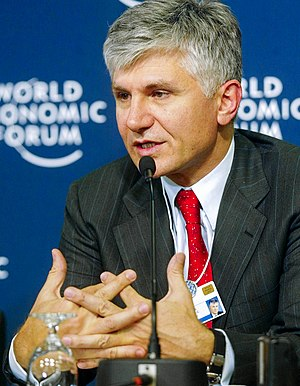 Democratic Party (Serbia) - Serbian prime minister Zoran Đinđić speaks at the 2003 World Economic Forum in Davos on 24 January 2003