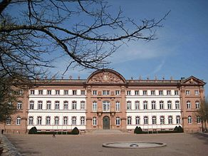 Zweibrücken castle front April 2010 darker.jpg