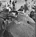 , badgasten, zandkastelen, kinderen, Bestanddeelnr 900-8128.jpg