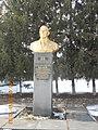 Пам'ятник Двічі Герою Соціалістичної Праці П. О. Желюку в с. Тиманівка 01.jpg