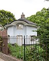 """Round House"" or ""Mushroom House"", Wood Green, London.jpg"