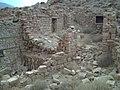 ..منازل تقليدية قديمة و تراثية تعود للسكان الاصليين.jpg