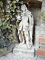120918 Schloss.Marienburg.Statue.Kurfürst.Ernst.August.jpg