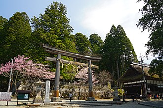 Togakushi Shrine - The middle shrine Chū-sha