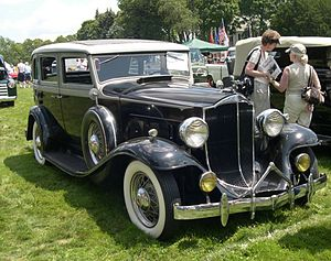Packard Light Eight - Packard Light Eight Model 900 4-door sedan (1932)