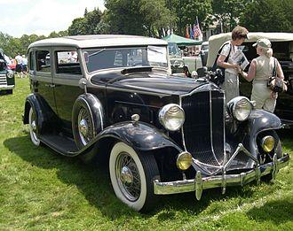 Packard Light Eight - Packard Light Eight Model 900 4-door sedan (1932)