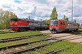 2ТЭ116-649 и РА1-023 в депо Новгорода.jpg