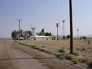 2008-06-24 Tonopah FAA building with backup weather observing equipment.jpg