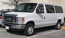2008 Ford E-Series wagon.jpg