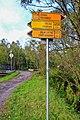 2012 Kąkolna, Znaki szlaków rowerowych.jpg