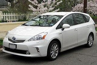 Toyota Prius V Full hybrid gasoline-electric compact MPV