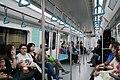 20180526 上海地铁01A06型列车内部.jpg