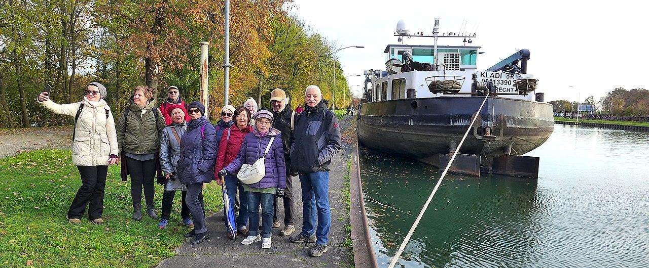 На канале Дортмунд-Эмс.