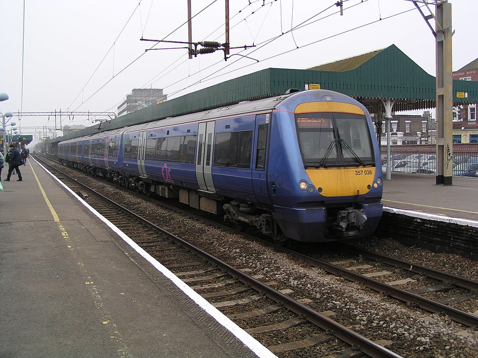 357036 at Southend Central