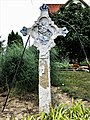 51. Croix ancienne à Saint-Bernard.jpg