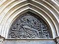 67 Catedral de Barcelona, porta de la Pietat, timpà.JPG