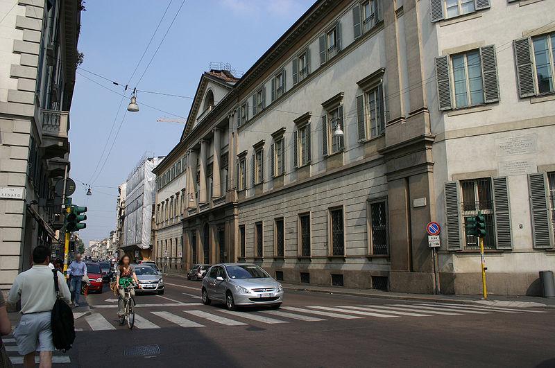 File:9000 - Milano - Corso Venezia - Palazzo Serbelloni - Foto Giovanni Dall'Orto 25-Apr-2007.jpg
