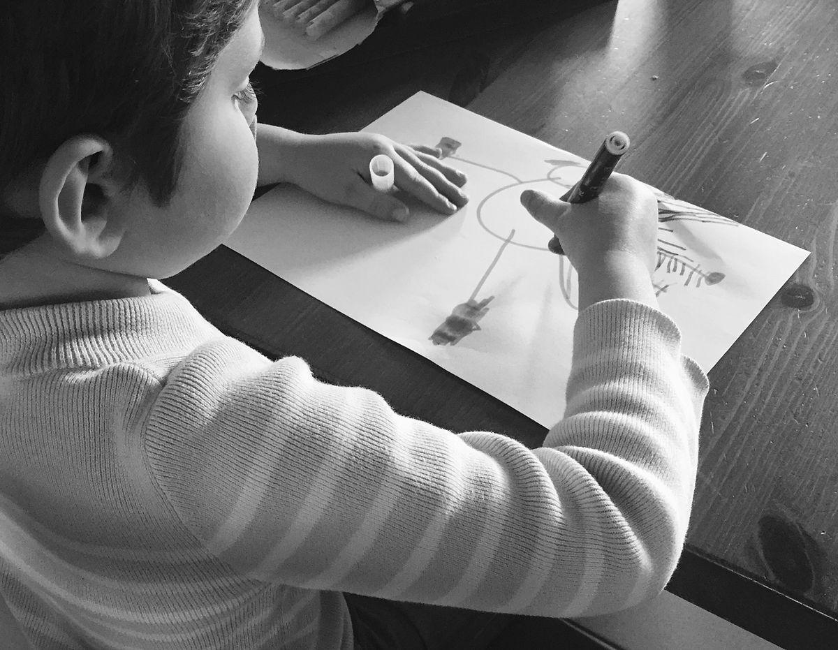dessiner — Wiktionnaire