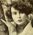 Adela Rogers St Johns - Apr 1922 Photoplay.jpg