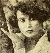 Adela Rogers St Johns - Apr 1922 Photoplay.jpg