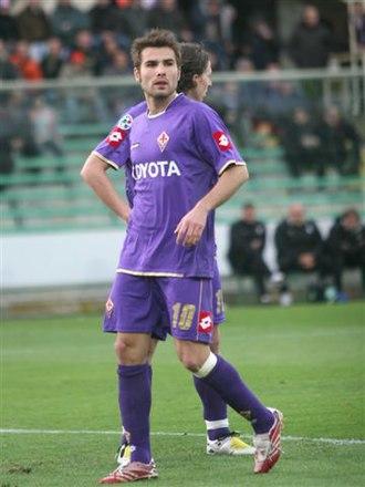 Adrian Mutu - Mutu with Fiorentina during their 2007–08 season.