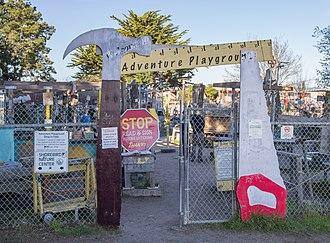 Adventure Playground (Berkeley) - Image: Adventure Playground (11988)a