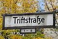 Alte Wilde Korkmännchen auf der Triftstraße 02.jpg