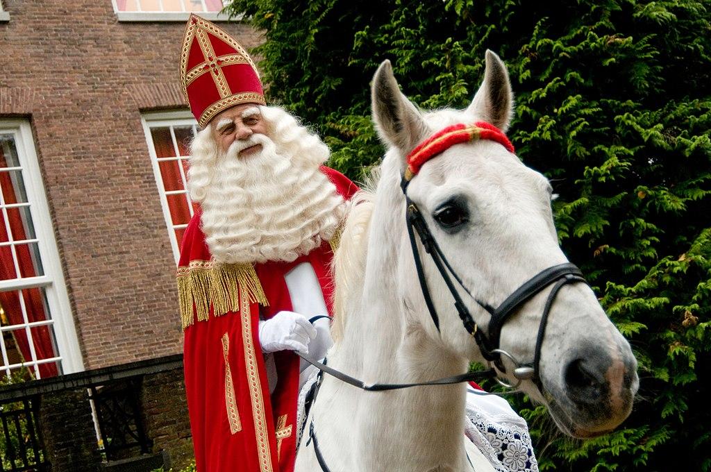 File Amerigo With Sinterklaas 2008 Jpg Wikimedia Commons