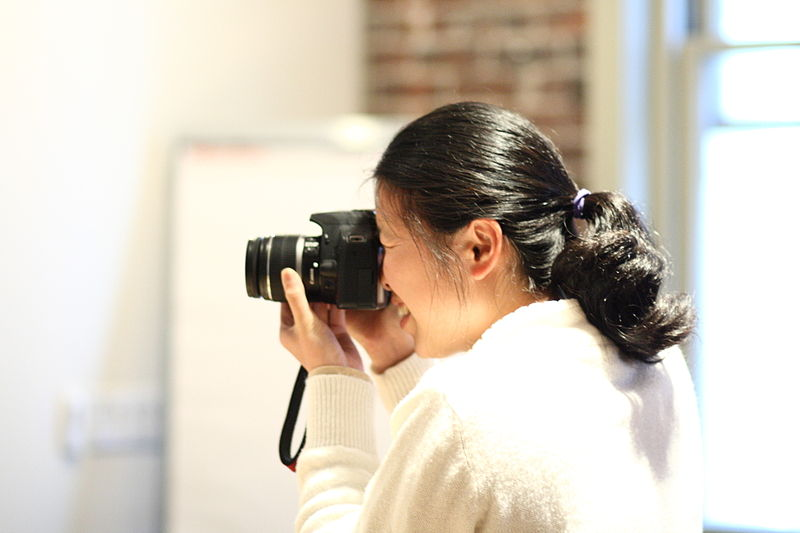 File:Annie Lin taking a photo at the Wikimedia Foundation office, 2010-10-25.jpg