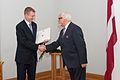 Apbalvo Ministru kabineta balvas 2011. gadā laureātus (6352409003).jpg