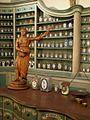 Apothekenmuseum Heidelberg, Einrichtung aus der Zeit des Barock IMG 0014.jpg