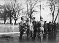 Après la revue des troupes russes, le roi de Roumanie, le prince Carol et le général Belaeff - Buzau - Médiathèque de l'architecture et du patrimoine - AP62T099823.jpg
