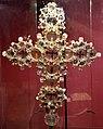 Arte veneto-bizantina, stauroteca con reliquie, xv secolo, legno coperto da lamina d'arg. dorato, cristallo di rocca, coralli, pietre dure, paste vitree 01.jpg