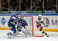 Artem Kryukov 2011-12-04 Amur—Sibir KHL-game.jpeg