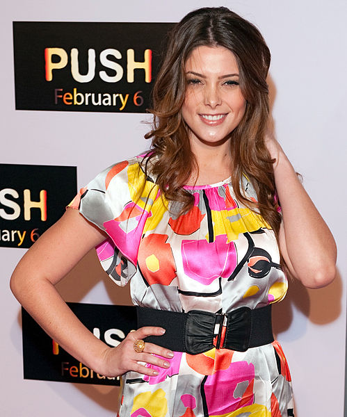 File:Ashley Greene 2009, 2.jpg