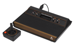 Atari-2600-Wood-4Sw-Set.png
