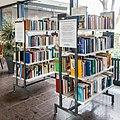 Bücherregal im Rathaus Bornheim-144900.jpg