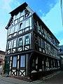 """Bad Schwalbach, – In dem 1620 erbauten Fachwerkhaus findet man das Gasthaus """"Das GlasWerk"""" - panoramio.jpg"""