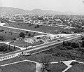 Balatonfüred, kilátás a Marina szállóból az épülő Baricska üdülőtelep felé nézve. Előtérben a 71-es út. Fortepan 21703.jpg